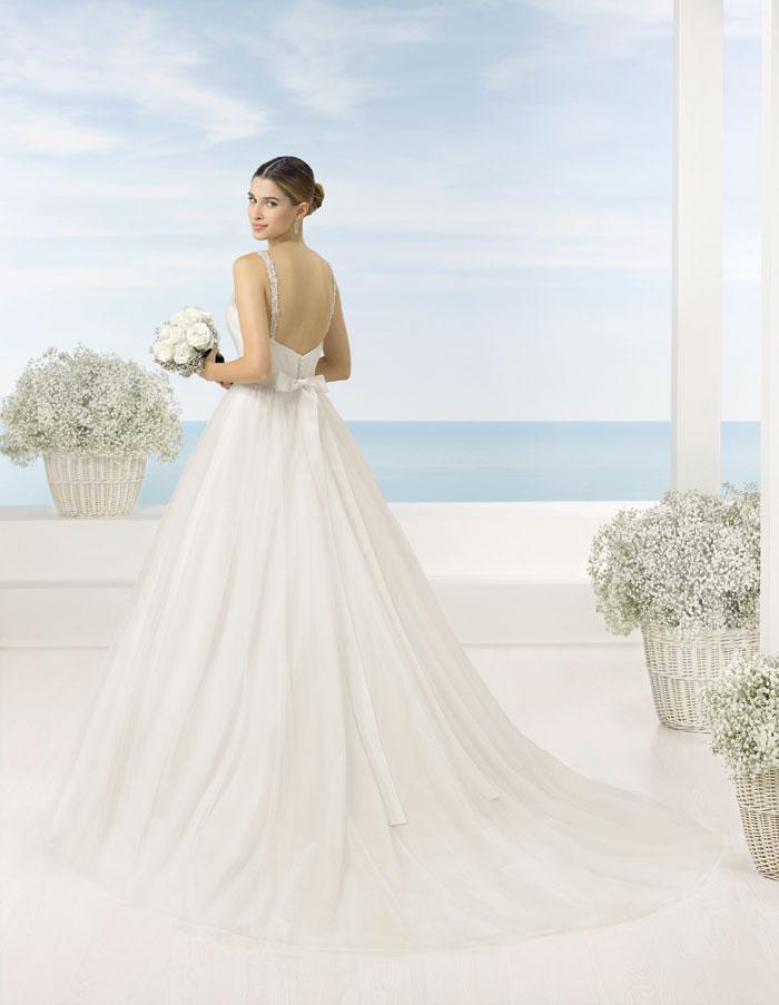 Modelo-TAMESIS_Luna-Novias_Dress-Bori