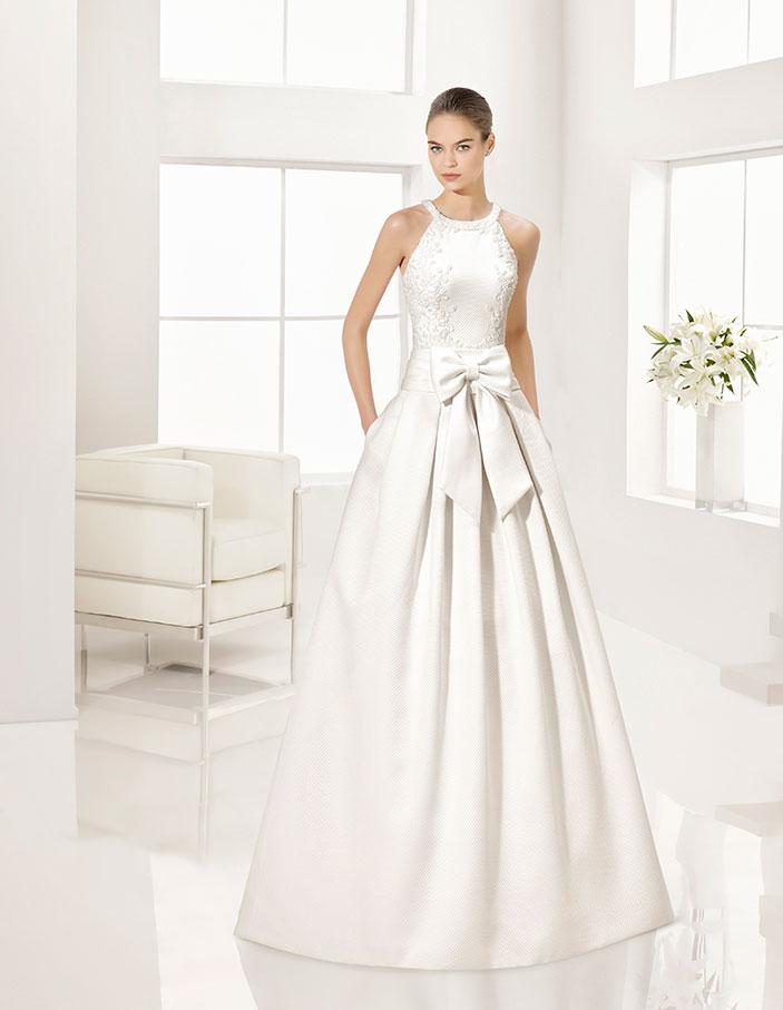 cuello halter en trajes de novia | dressbori