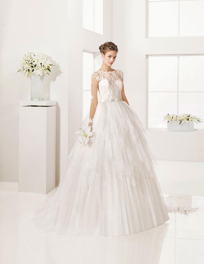 Vestido-de-novia-linea-A-corte-princesa_GLADIOLO
