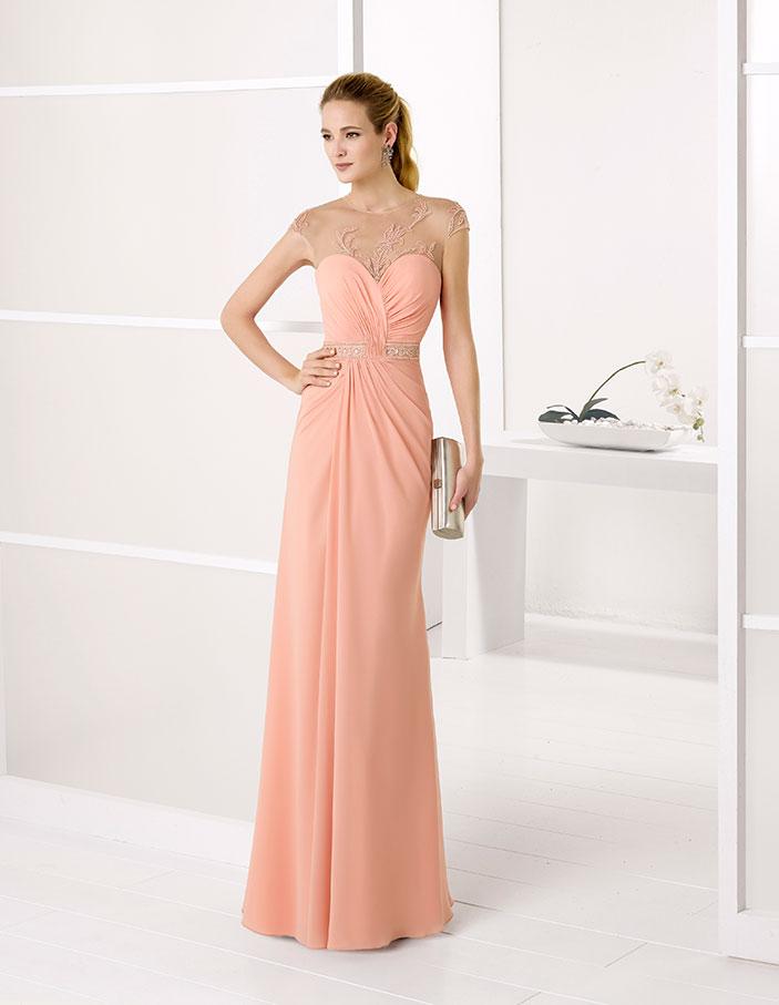 Descubre los vestidos de fiesta de la Colección Vestidos perfectos para eventos de día y noche. Catálogo completo en la web.