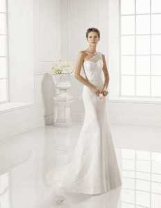 Novias-Adriana-Alier--modelo-Zaina-Dress-Bori-Zaragoza-0