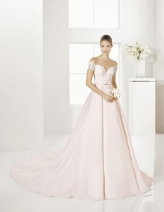 Trajes-de-novia-color-rosa-o-nude-Dress-Bori-Almanovia-GARY-1