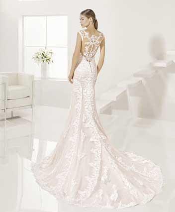 Trajes-de-novia-color-rosa-o-nude-Dress-Bori-Almanovia-GINESTA-2