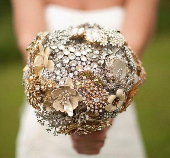 Ramos de novia con broches y joyas