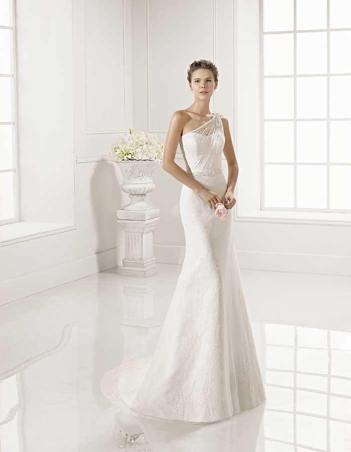 Novias-Adriana-Alier--modelo-Zaina-Dress-Bori-Zaragoza-Madrid