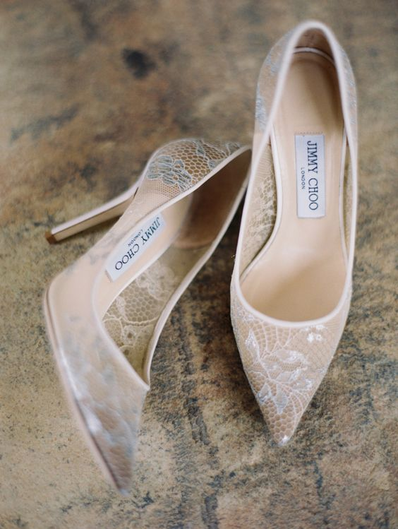 zapatos de novia con encaje nude