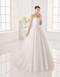 Trajes-de-novia-palabra-de-honor--Dress-Bori-modelo-ZENON