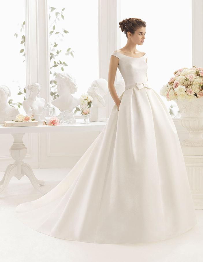 trajes-de-novia-escote-barco-Dress-Bori_CILIA