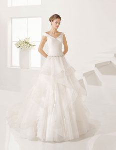 Vestido-de-novia-linea-A-corte-princesa_GLACIAR